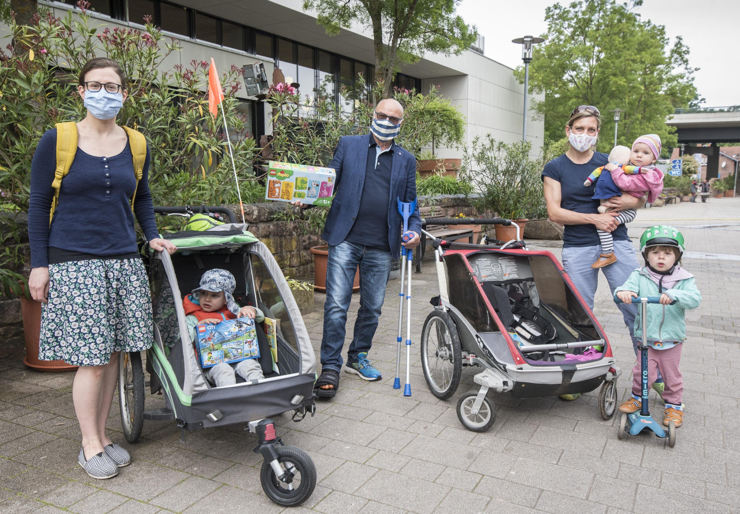 Gartenschau Kaiserslautern: Die ersten Besucher der Ausstellung bei Eröffnung schon da