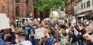 """""""Black Lives Matter"""" – Kundgebung vor der Stiftskirche in Kaiserslautern"""