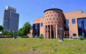 Spannende Spielzeit 2018/19 Pfalztheater-Intendant berichtet dem Kunst- und Kulturausschuss