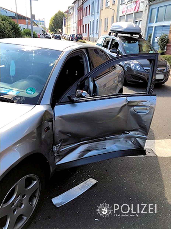Stopp-Schild missachtet, Unfall gebaut