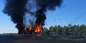LKW geht in Flammen auf