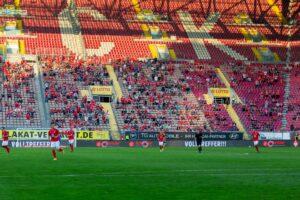 Stadt und FCK einigen sich auf moderate Erhöhung der Zuschauerzahl – 7.500 Fans beim Heimspiel gegen Mannheim am 10. Oktober zugelassen