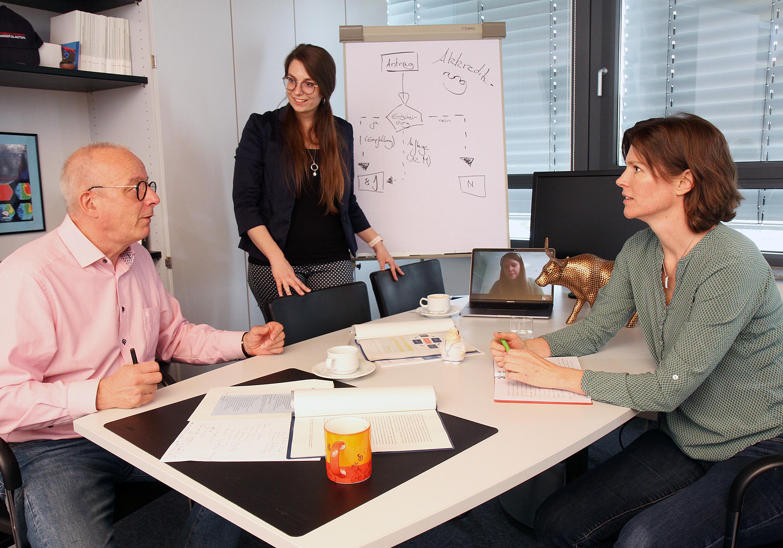 Gütesiegel für Qualität in Studium und Lehre: TU Kaiserslautern erfolgreich in die Reakkreditierung ihres Qualitätsmanagementsystems gestartet