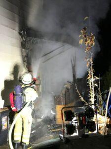 Vorbau einer Doppelhaushälfte in Brand