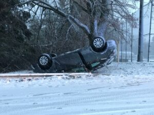 Schnee und Eis behindern Verkehr – Unfälle in der Westpfalz