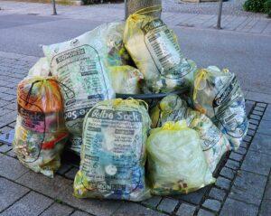 Stadtbildpflege gibt Tipps zum Befüllen der Gelben Säcke
