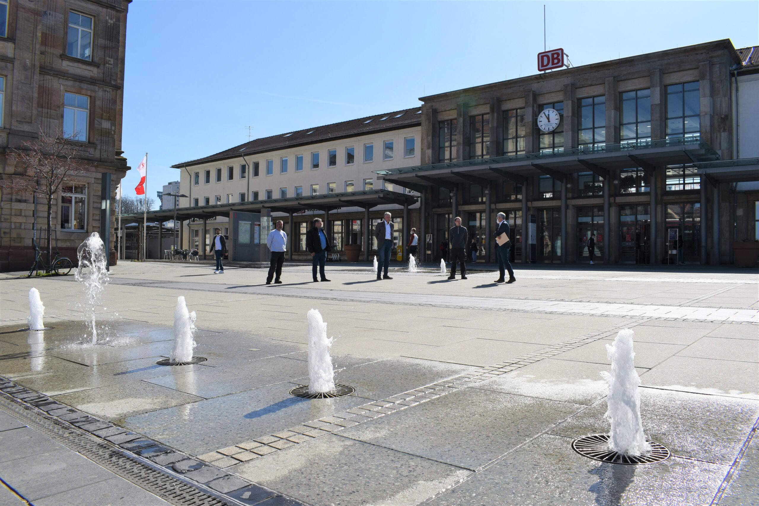 Brunnensaison am Bahnhof eröffnet