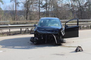 Verkehrsunfall mit Leichtverletztem – Autobahn vollgesperrt