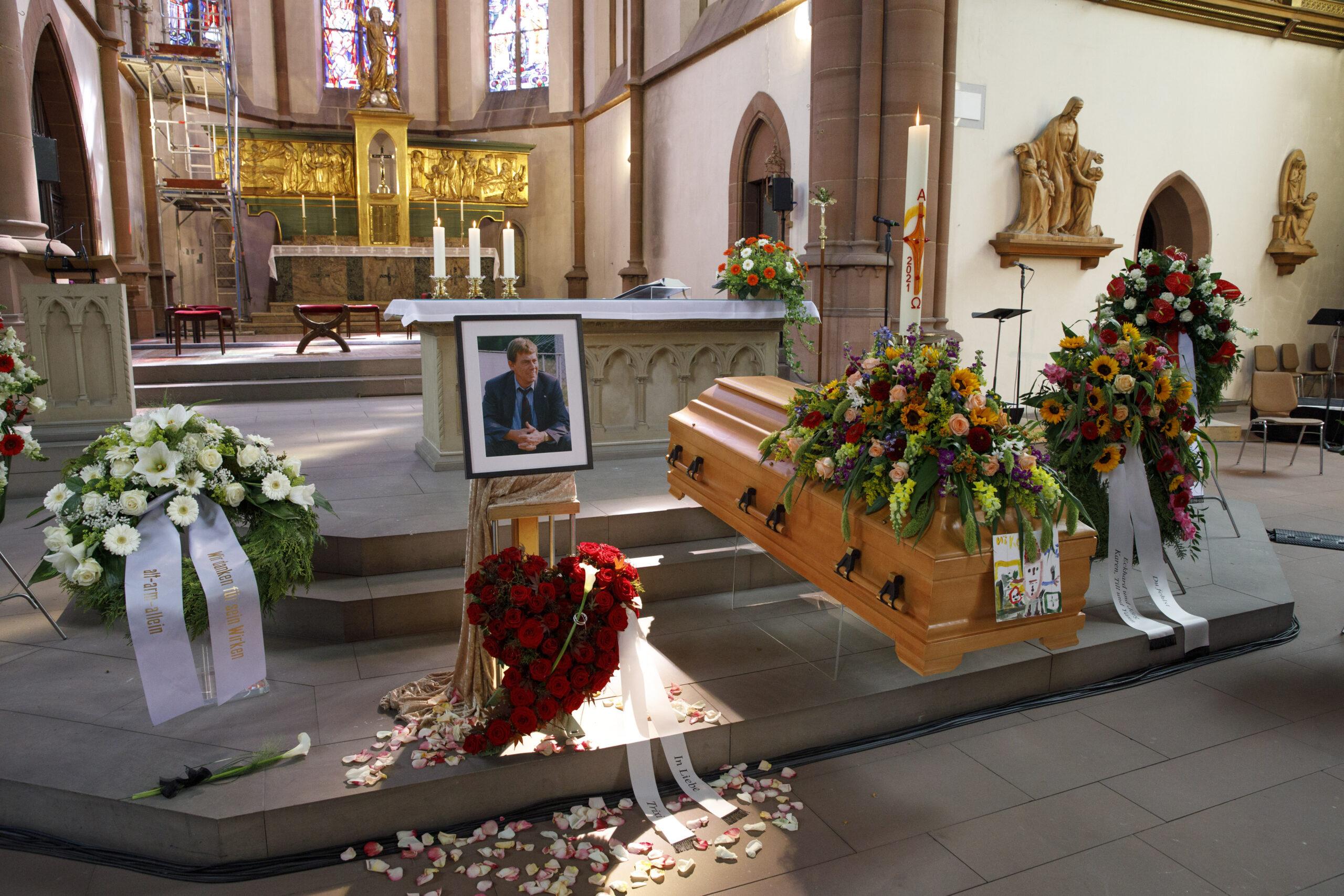 Bewegende Trauerfeier für Norbert Thines