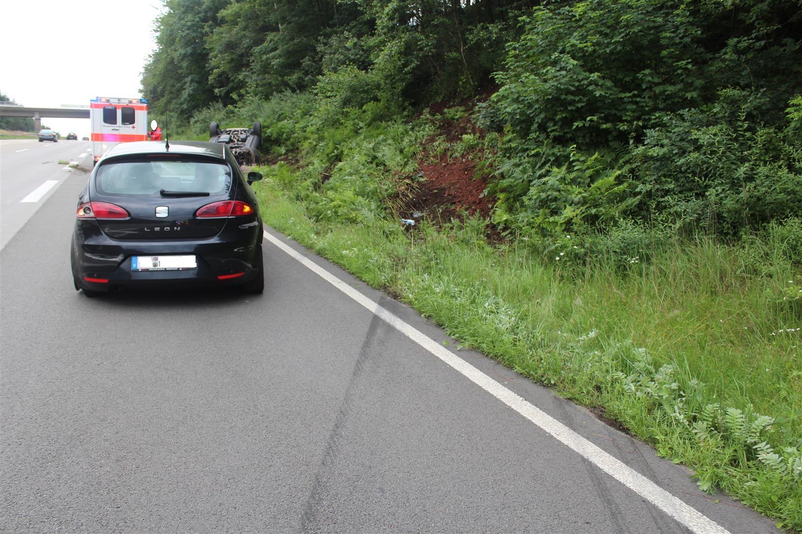 Folgenschwerer Verkehrsunfall mit anschließender Unfallflucht
