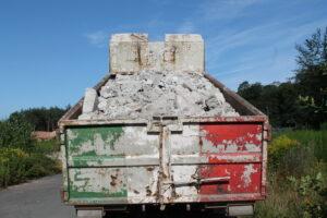 Sattelzug mit Ladungssicherungsmängeln
